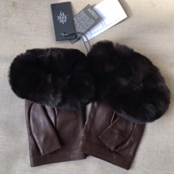 Eleventy Accessories - ELEVENTY FUR TRIMED LEATHER GLOVES